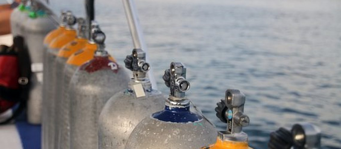 botellas de submarinismo